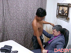 Oriental youngster likes playing with his older boyfriends ass