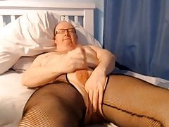 Bed wank in tights