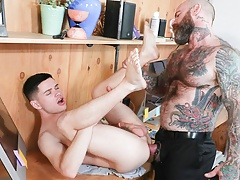 Twink Stepson Family Sex With Big Dick Stepdad At His Work